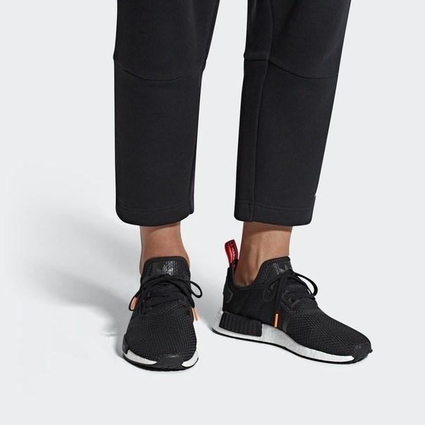 ADIDAS Обувь NMD_R1 B37621 - фото 5015